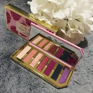 🆕Too Faced Razzle Dazzle Berry Palette